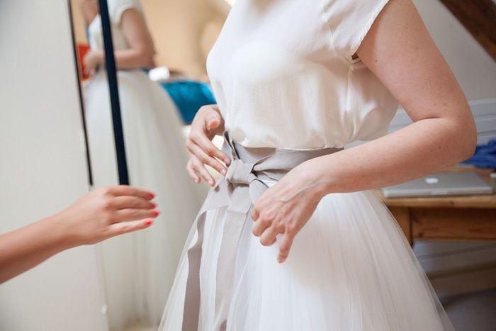 Photos. Elle se marie nue devant 700 invités