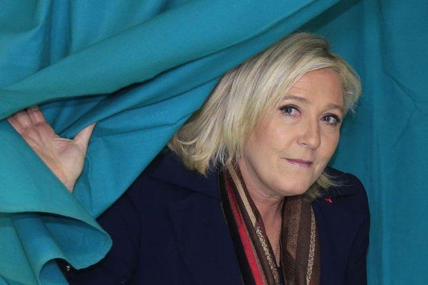 L'Europe réclame 339.000 euros à Marine Le Pen