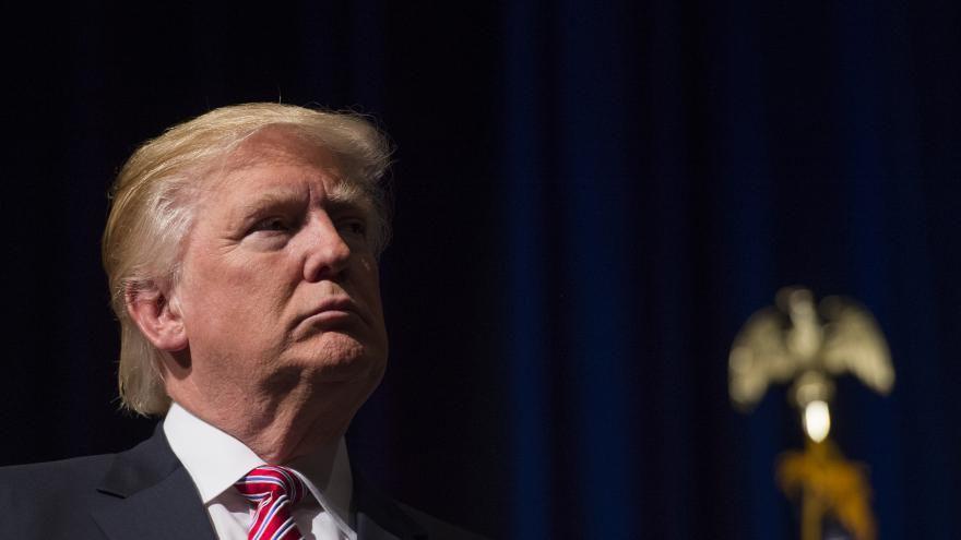 Immigration, avortement, salaire : ce qu'il faut retenir de l'interview de Trump