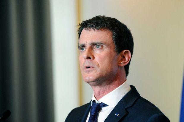 Valls juge &quot&#x3B;possible&quot&#x3B; que Marine Le Pen gagne la présidentielle française en 2017