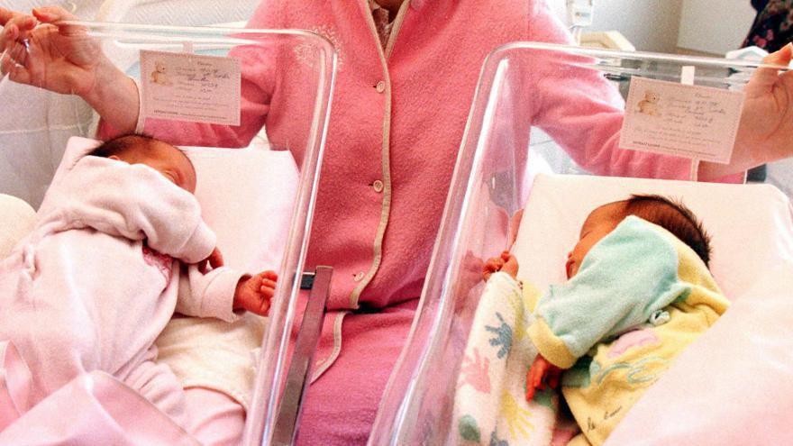 Des jumeaux naissent avec une peau de couleur différente