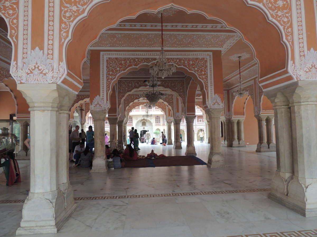 Le City Palace, très ajouré à l'intérieur