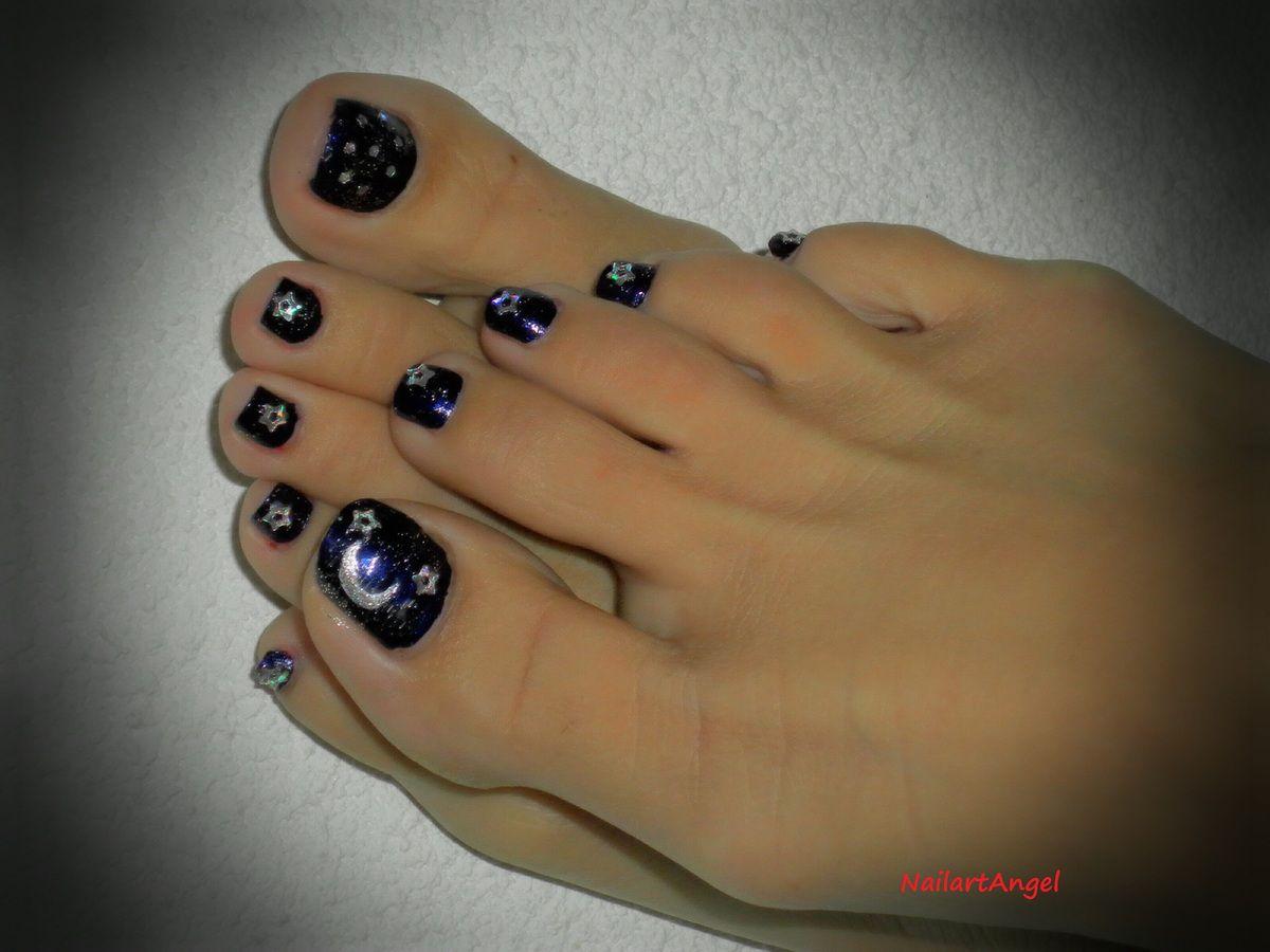 Et voila le résultat... des petits pieds prêt à se montrer hihi. Nail art ciel étoilée, pédicure, nailartangel, #nailartangel, nail art, #nailart