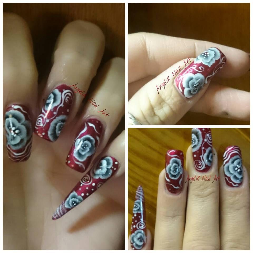 nail art arabesque et fleur one stroke
