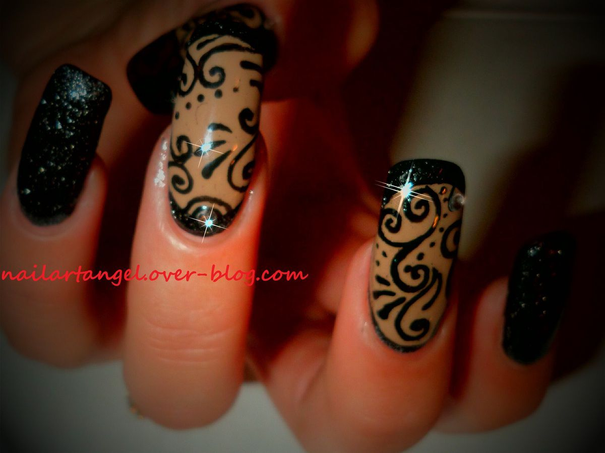 nail art arabesque