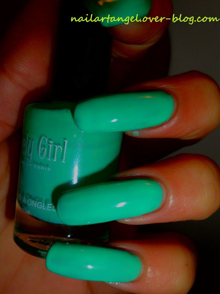 vernis menthe au lait, LOVELY GIRL