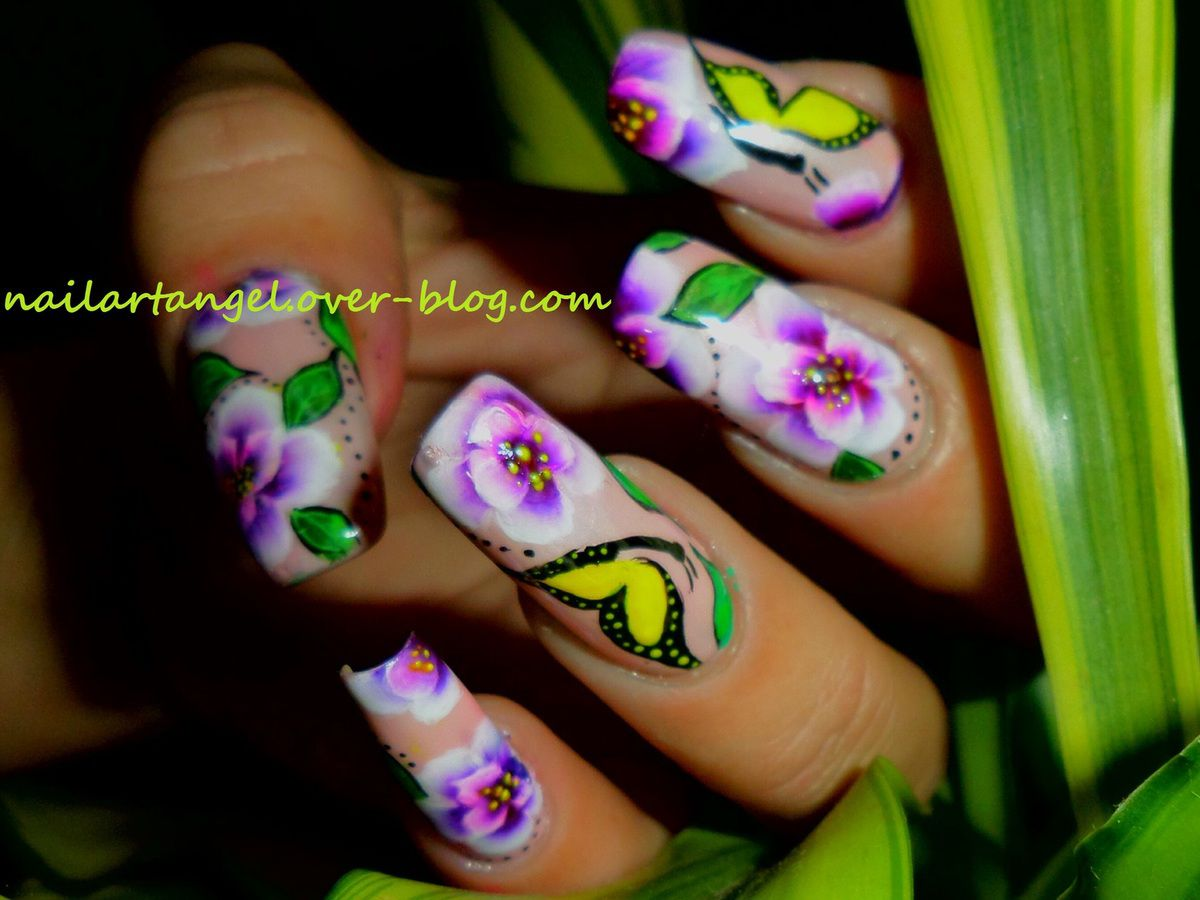 nail art fleurs one stroke, nail art printemps, inspiration cerisiers en fleurs, nail art papillon,nail art, flowers, nailartangel