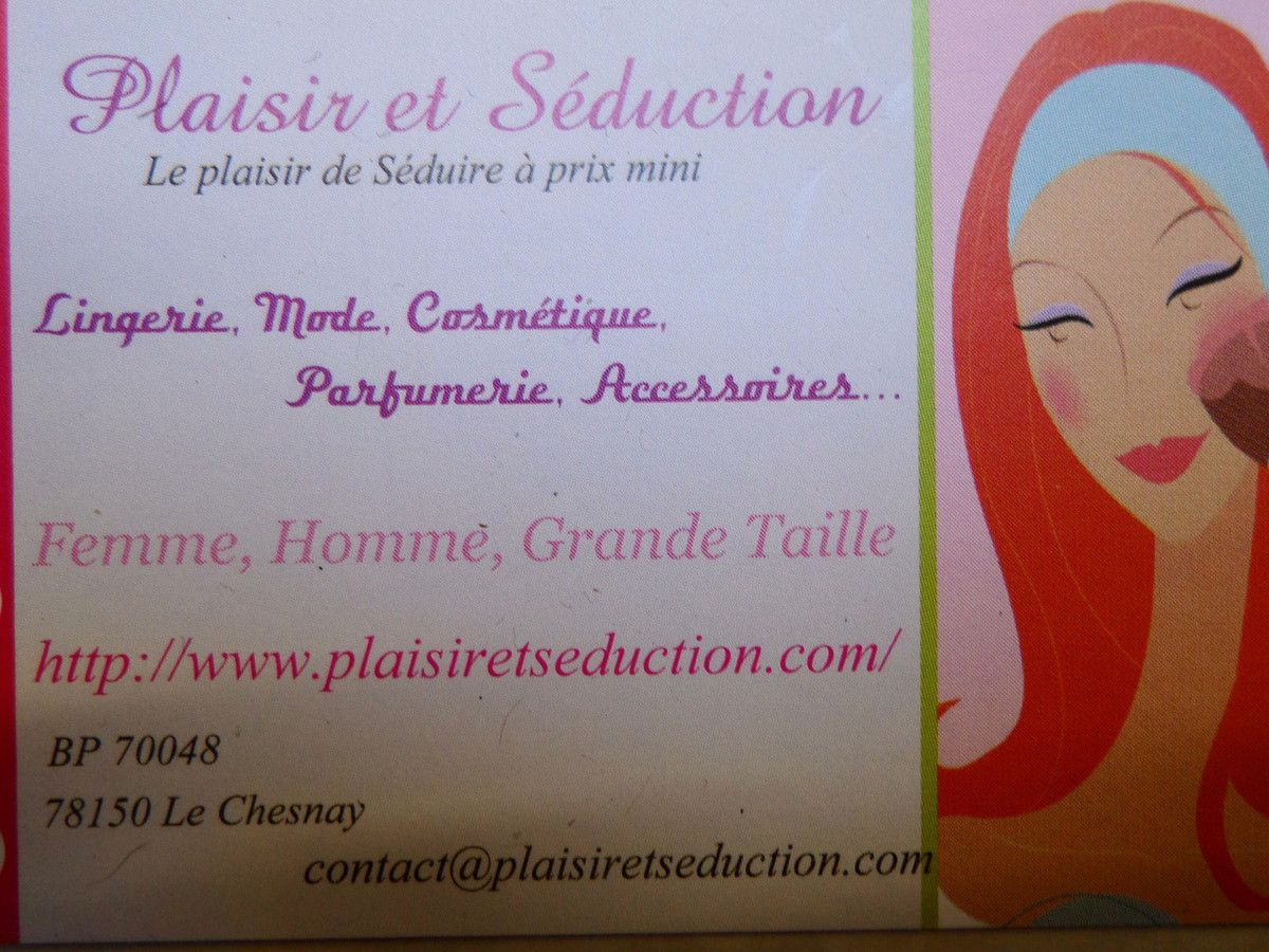 Plaisir et séduction, colliers, maquillages, mascara