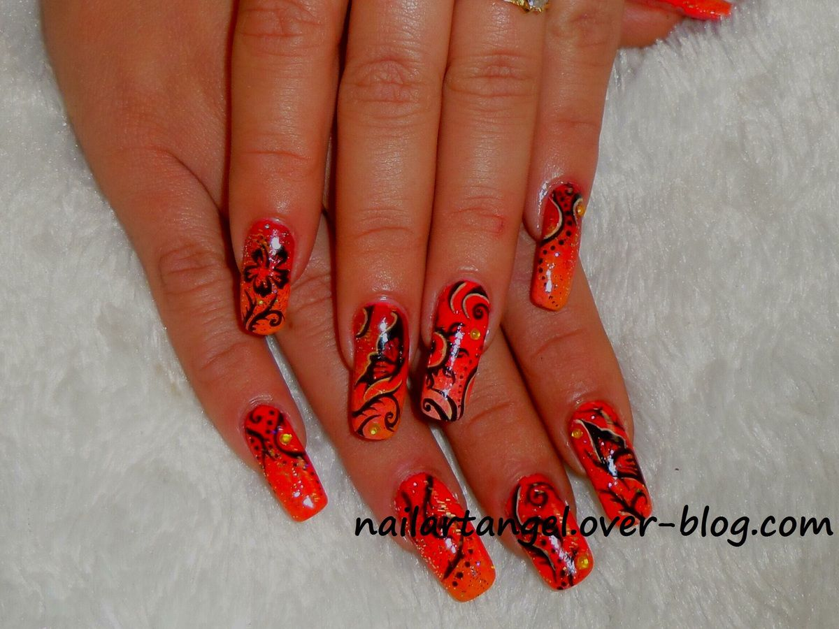 nail art inspiration tribale, arabesque, nail art fleur, nail art papillon, tutoriel pas à pas #nailart #tribal #tutoriel #tutorial nailartangel #nailartangel