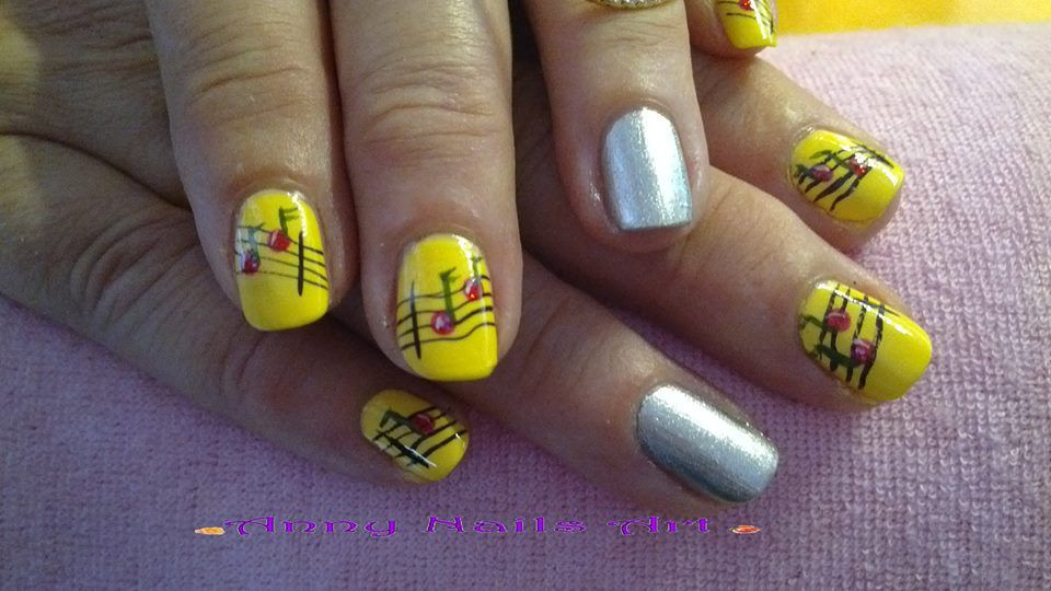 nail art fleurs nail art t french manucure tutoriel vid o nail art facile nailartangel. Black Bedroom Furniture Sets. Home Design Ideas