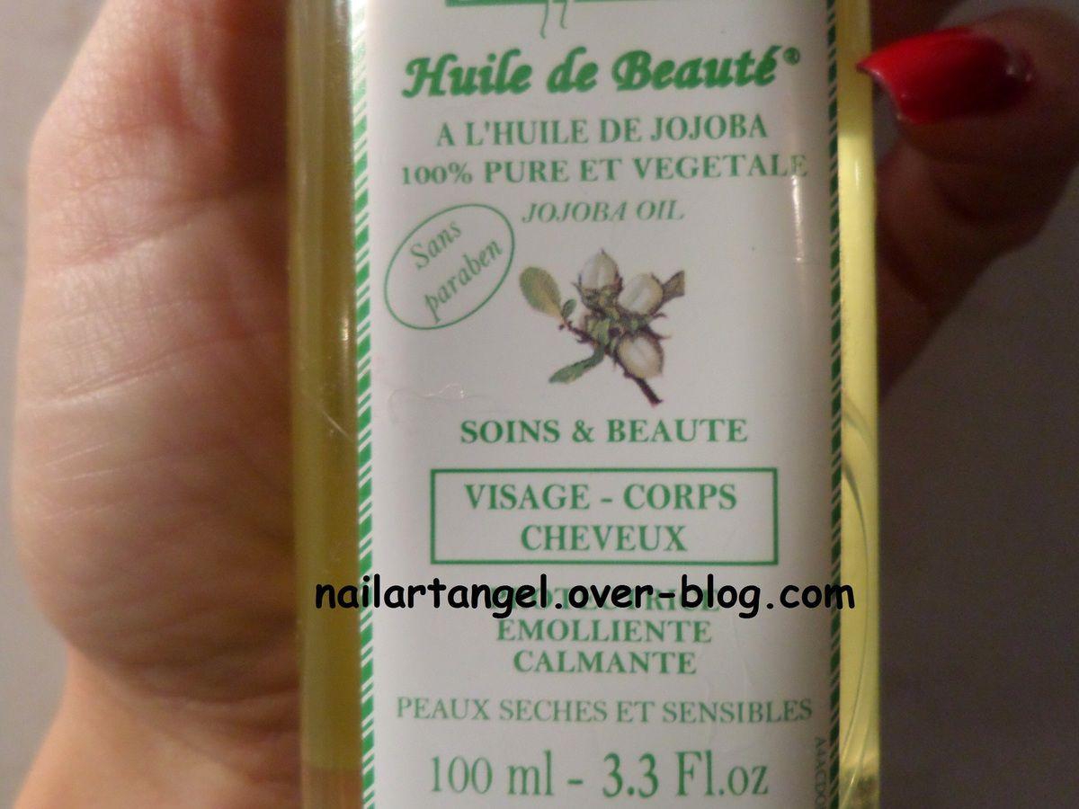 huile de jojoba, grossesse, lutter contre les vergetures, nailartangel, huile contre vergeture