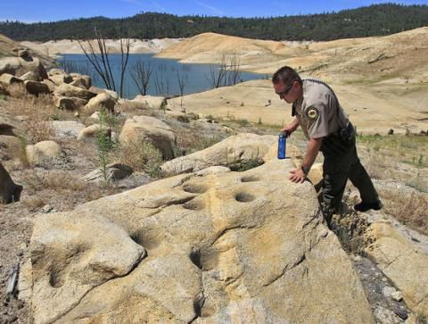 Volunteers protecting Calif.'s historic site from looters