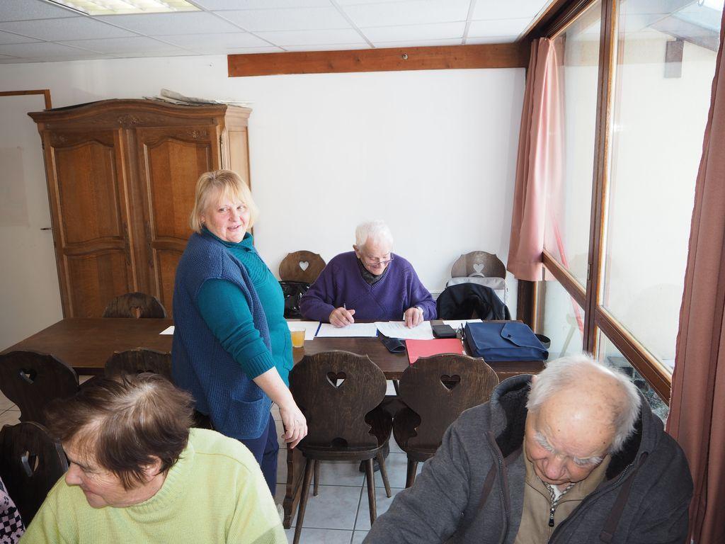 Sélection  pour le concours départemental de belote de la Fédération