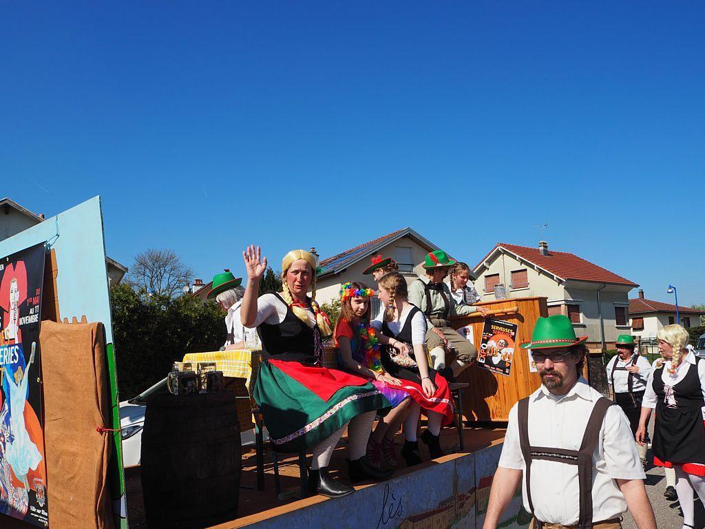 Une carnavalcade radieuse