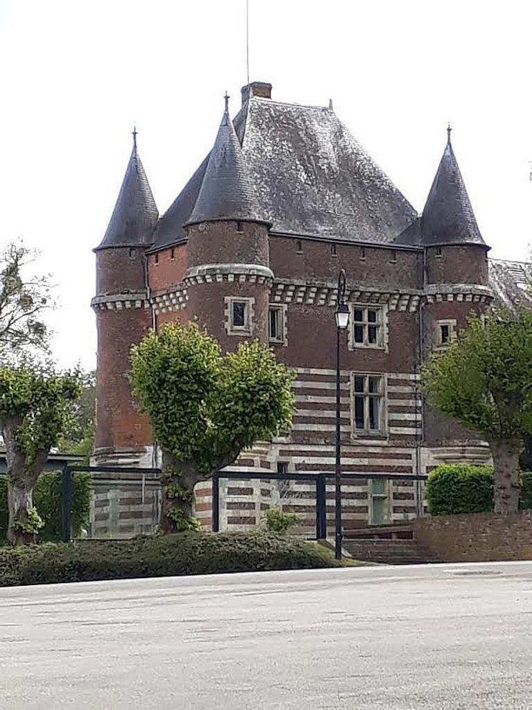 Les Voivres et l'Odcvl chez Jacques, l'ancien directeur du centre, en promenade à Saint Valéry en Caux 76. Photos Vanleeuwen Valerie