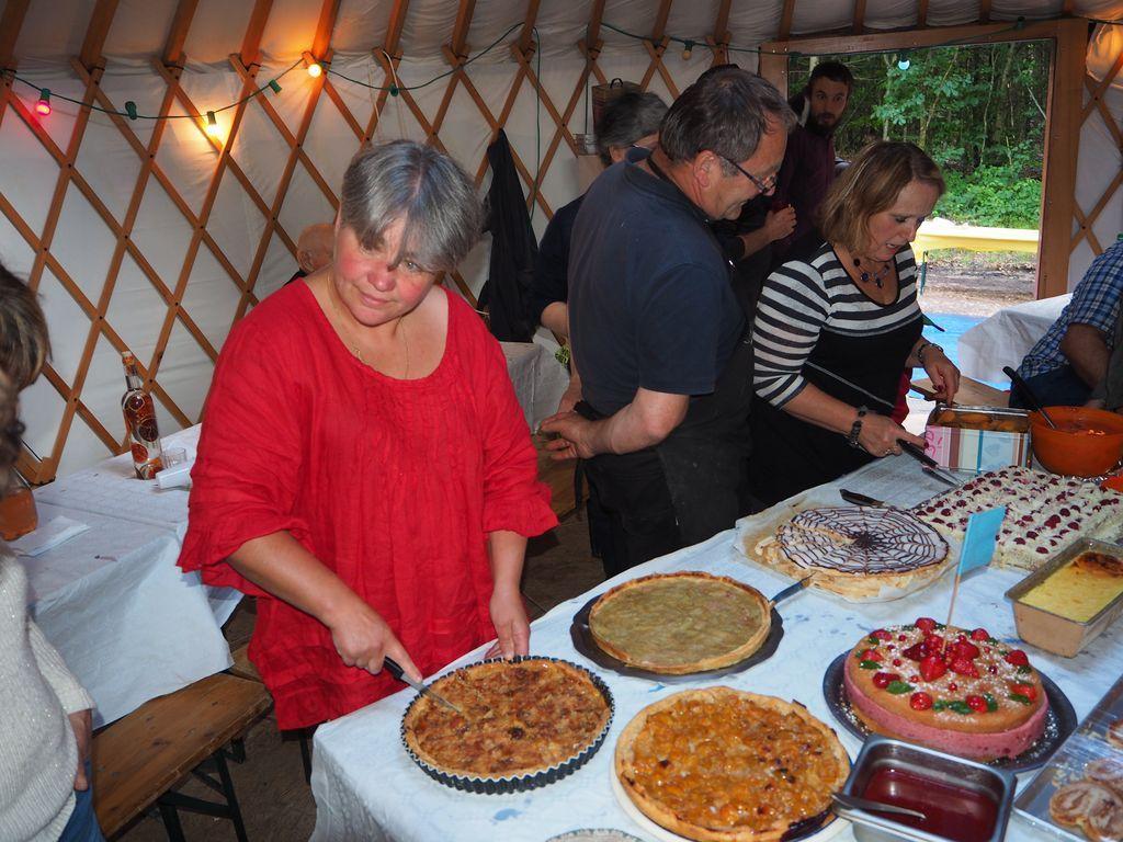 Fête des voisins, Nouvel An Mongol, soirée jeu, concert piano sous la yourte, soirée oenologie et Brassens.