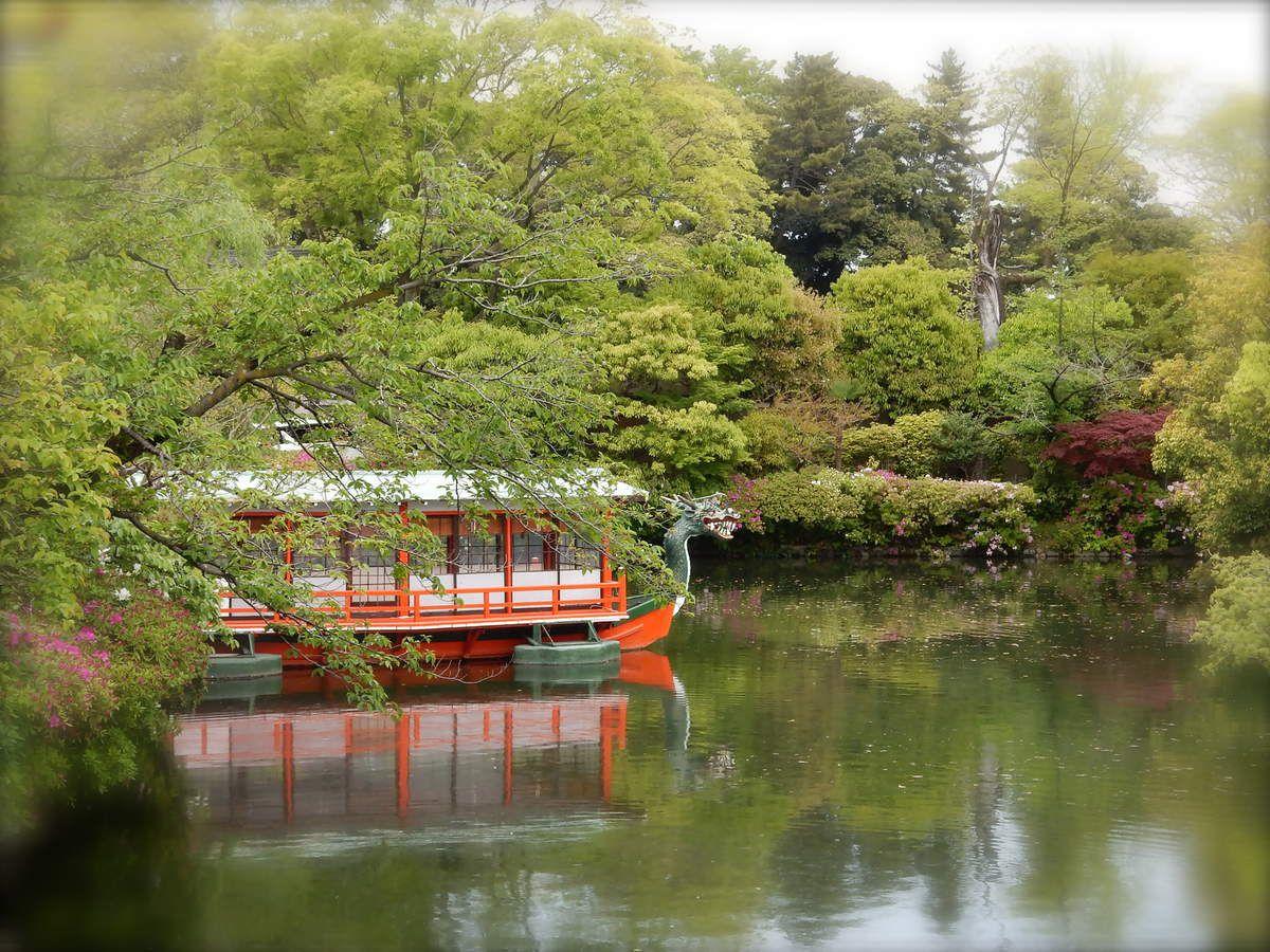 On ressent bien, dans la forme de ce bateau, l'influence chinoise de la culture japonaise