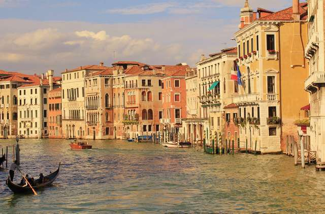 Venice is a long time favorite of people in love
