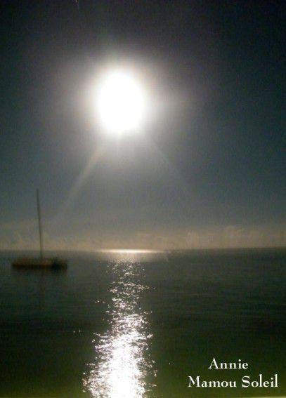 Cette nuit une Lune Bleue accompagnera vos rêves