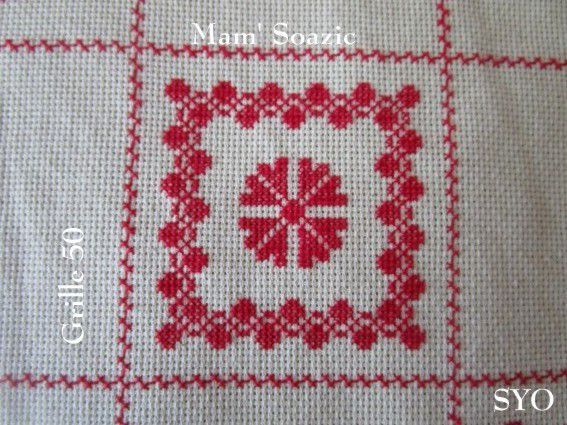SAL : Plaid Broderie Rouge... Grille 50 / B8