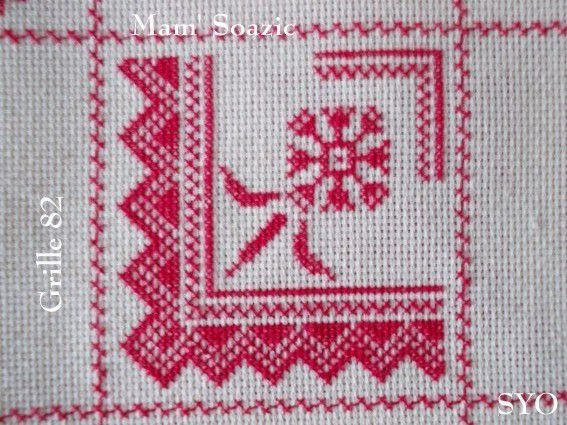 SAL : Plaid Broderie Rouge... Grille 82 / D8