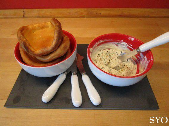 Toasts de Craquelins: Petits Suisses - St Agur – Herbes, pour apéritif