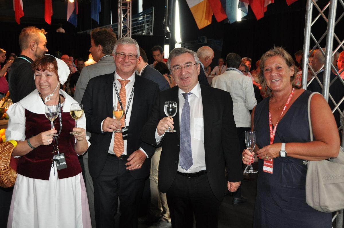 Avec le Ministre René Collin, la Députée Provinciale Geneviève Lazaron et l'Echevin Baudouin Sohier