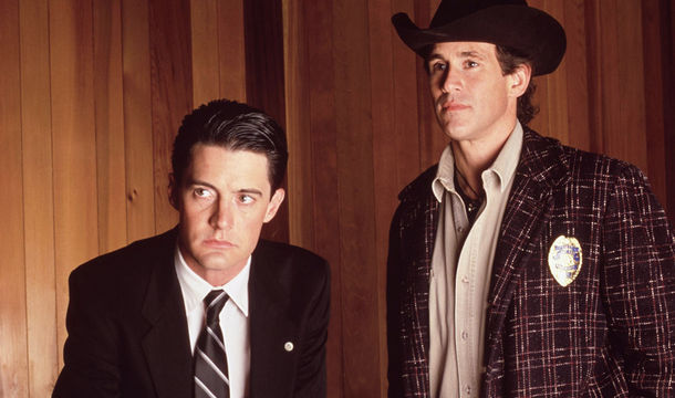 Showtime commande une suite de &quot&#x3B;Twin Peaks&quot&#x3B; pour 2016 : retrouvez le parcours de la série culte sur ABC