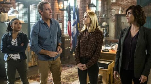 Audiences Mardi 5/01 : records pour le cross-over entre &quot&#x3B;NCIS&quot&#x3B; et &quot&#x3B;NCIS New Orleans&quot&#x3B; &#x3B; la franchise &quot&#x3B;Chicago&quot&#x3B; est solide sur NBC &#x3B; pas de surprise pour le nouveau carré sitcom de FOX