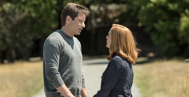 Audiences Lundi 15/02 : &quot&#x3B;The X-Files&quot&#x3B; écrasé par les &quot&#x3B;Grammy Awards&quot&#x3B; une semaine avant son final &#x3B; &quot&#x3B;Castle&quot&#x3B; enregistre successivement ses trois pires audiences historique