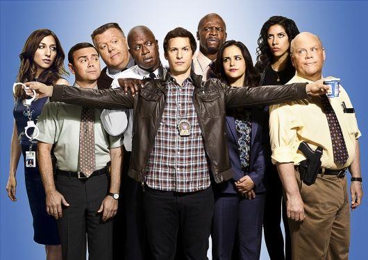 Classement Série Saison 2015 / 2016 : FOX reconduit &quot&#x3B;Brooklyn 99&quot&#x3B; pour une saison 4 et &quot&#x3B;The Last Man On Earth&quot&#x3B; pour une saison 3