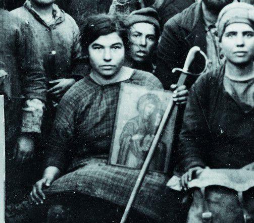 Réfugiés dans les rues d'Athènes photographiés par la Croix-Rouge américaine.1923 - ©Library of Congress