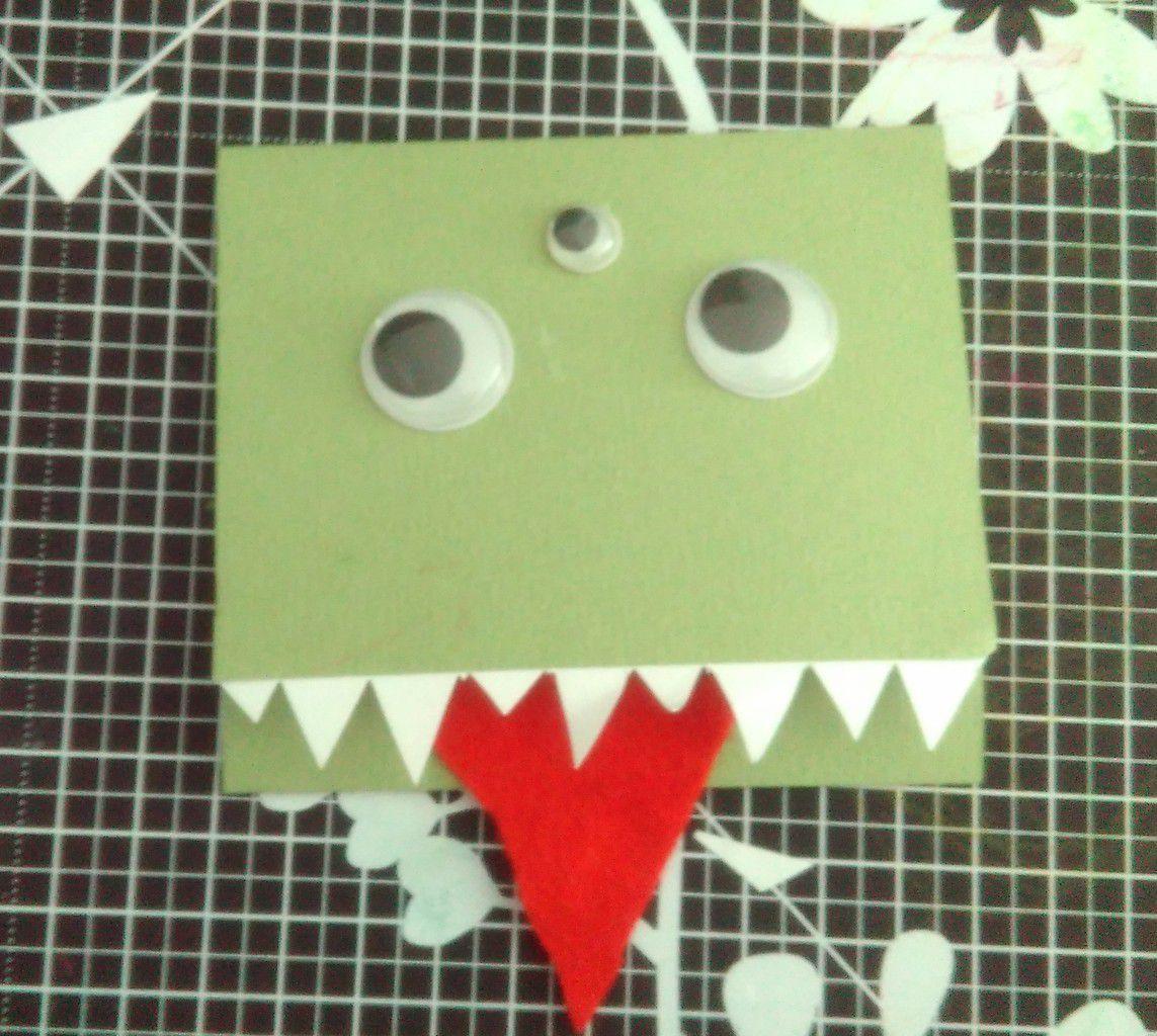 Une carte d'anniversaire pour un petit monstre