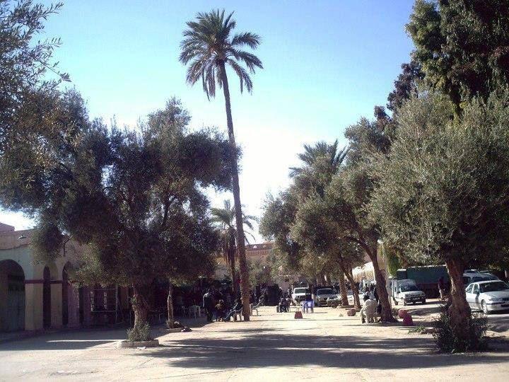 1-Avenue du premier novembre.2-Place de l'étoile .3-Descente El safah.4-Place des oliviers.