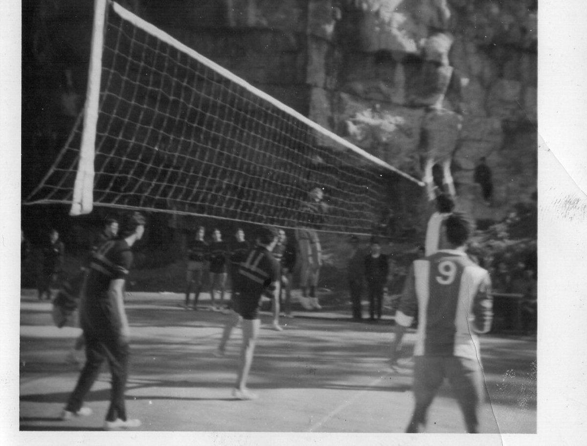 Benyounes rabi yarehmou,Sohbi,Boukhelkhal Bachir,KHacheba,Mustapha Hadj Aissa en action.