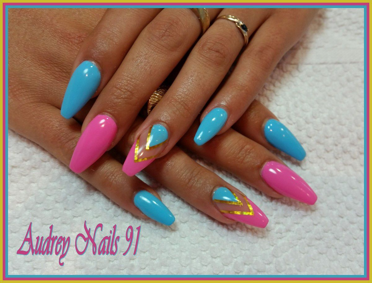 Gel de couleur bleu pastel et rose Barbie + fil d'or