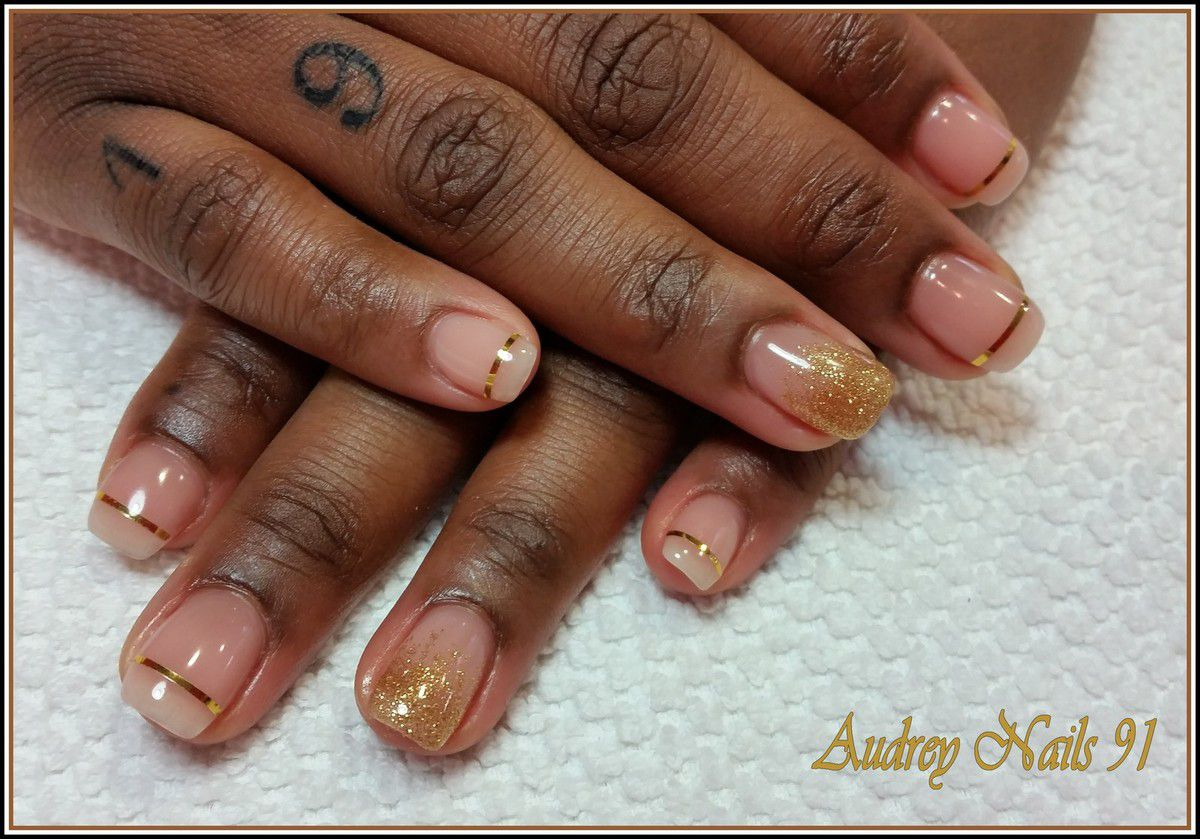 Gel effet naturel + fil d'or + scintillant bronze