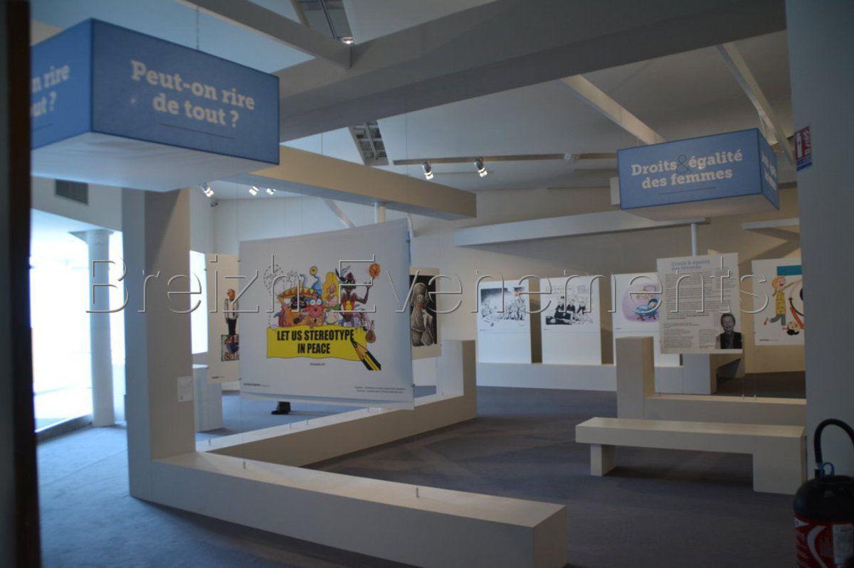 EXPOSITION DESSINS POUR LA PAIX EN IMAGES