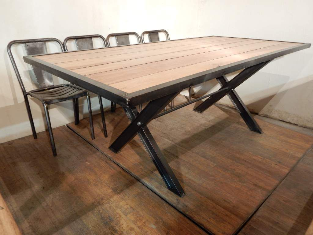 Grande table design pieds en x geonancy design for Table de salle a manger grande largeur