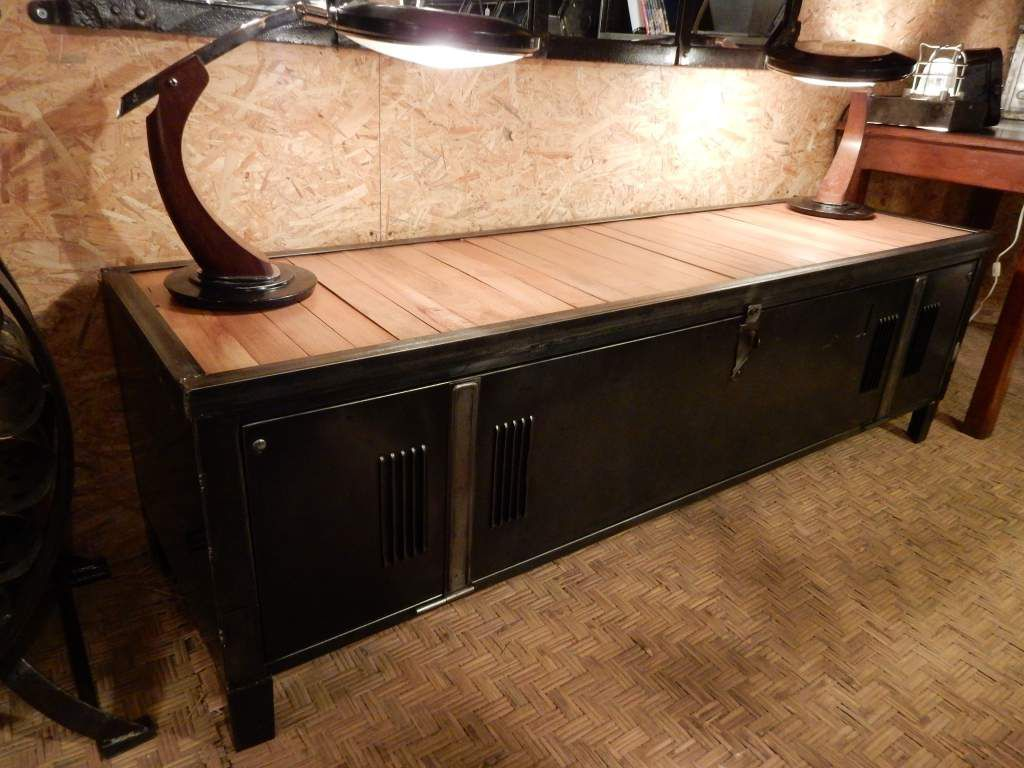 Buffet design enfilade tv fer bois meuble vintage geonancy design Meubles salon salle a manger design