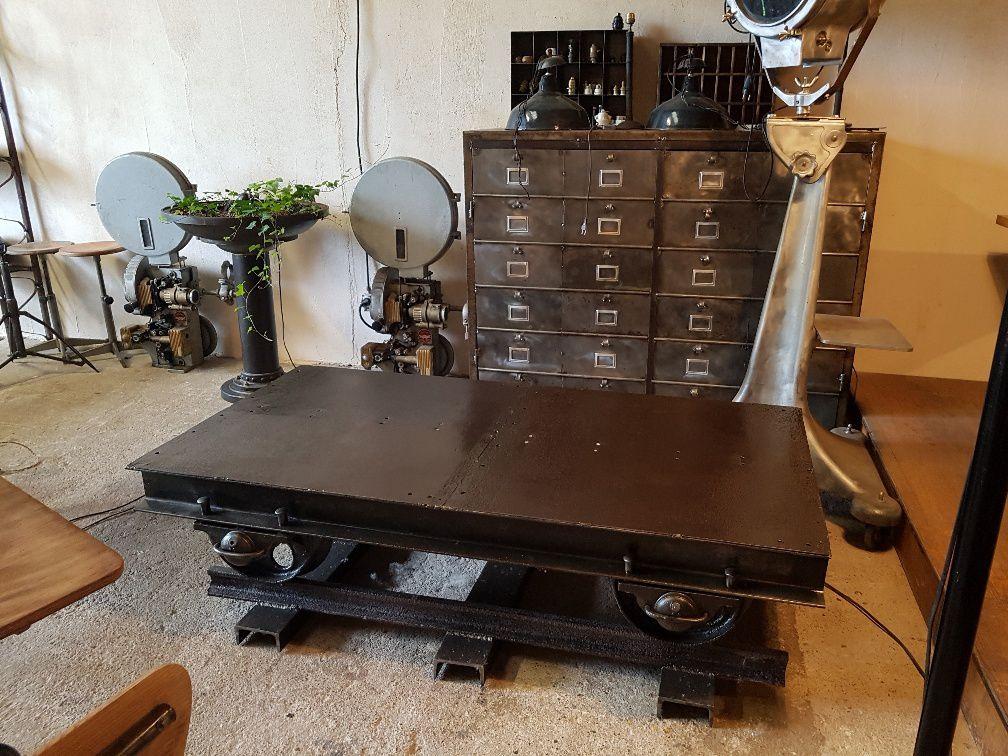 Table basse wagonnet pais plateau en m tal geonancy for Table pliante largeur 85