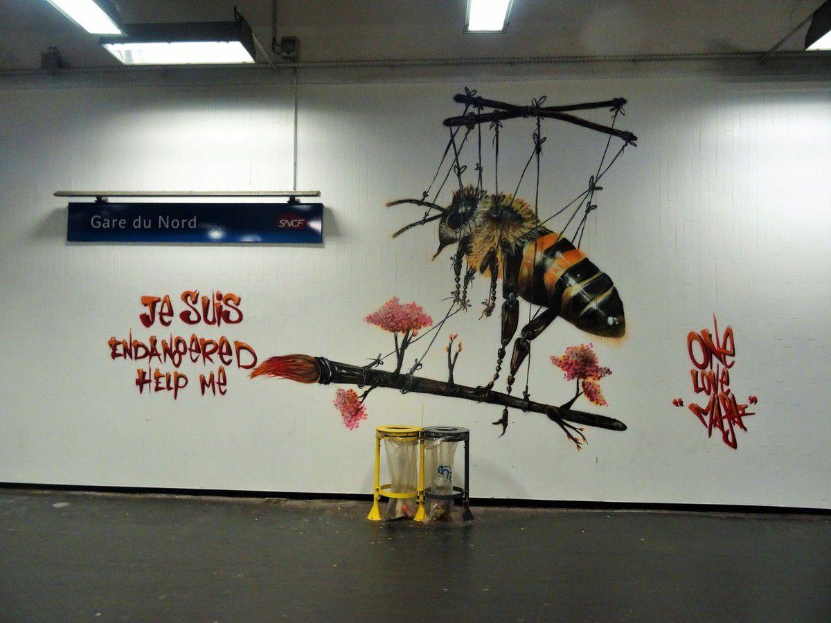 Street art sur le quai 36 de la Gare du nord