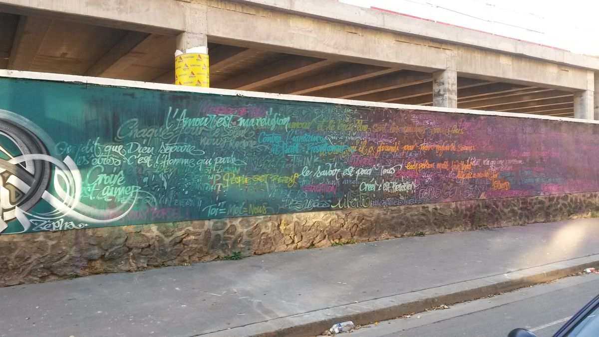 La plus grande fresque street art parisienne: Rosa Park fait le mur