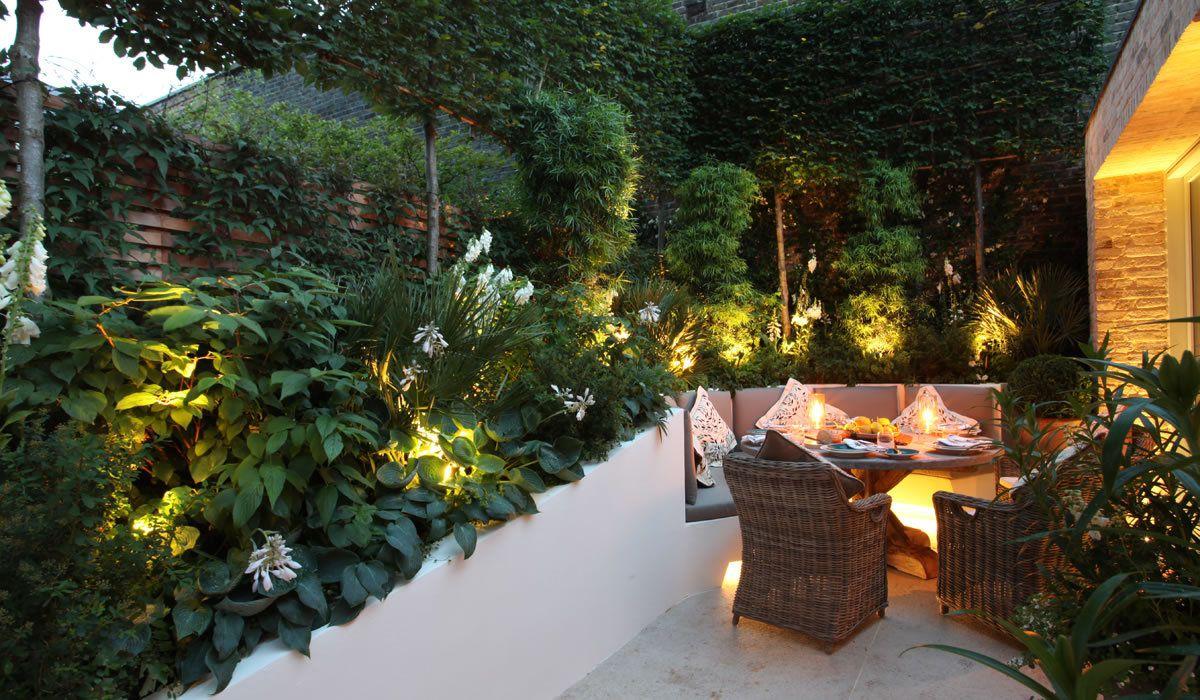 Comment choisir l clairage ext rieur de votre abri de for Luminaire de jardin design