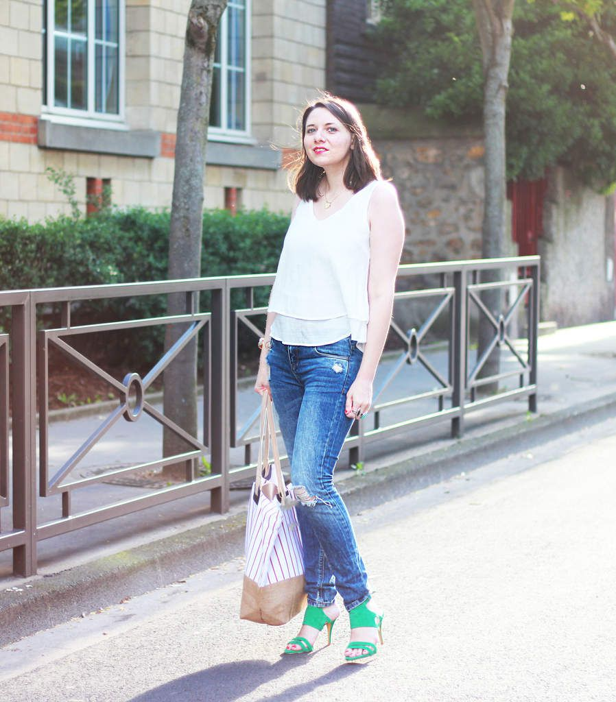 - Green shoes and red striped bag
