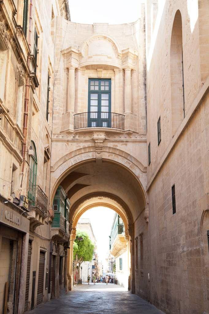 - New skirt à La Valette (Malte)