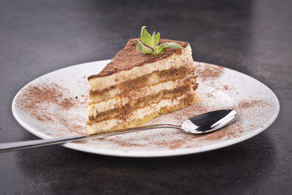 Tiramisu comme un gâteau (layer cake)