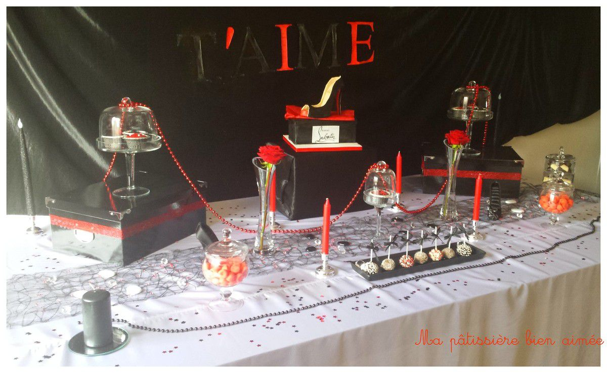 Sweet table noire et rouge glamour