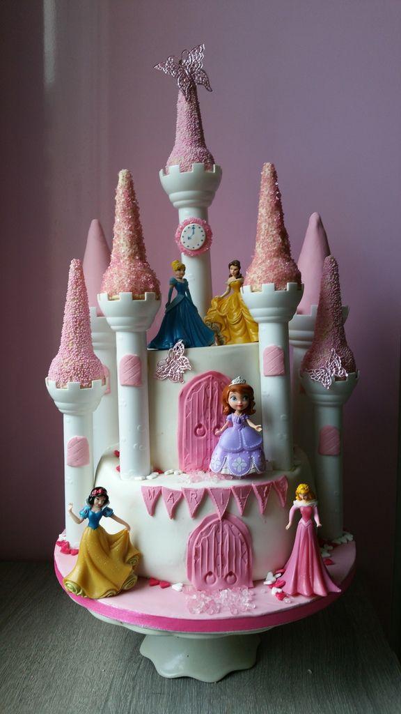 g teau ch teau de princesses ma p tissi re bien aim e. Black Bedroom Furniture Sets. Home Design Ideas