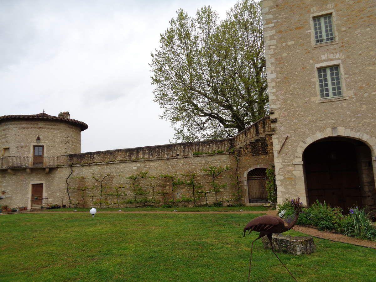 Le chateau St Bernard dans l'Ain ....